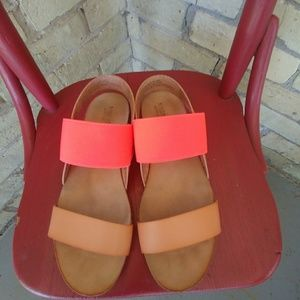 Bright Coral & Tan Mossimo Sandals Size 8